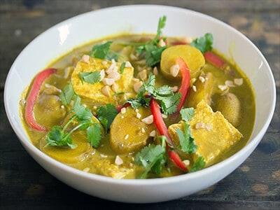 thai-tumeric-veggie-curry